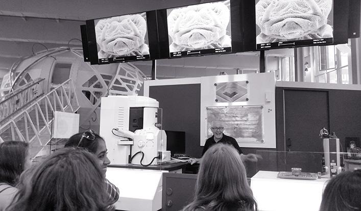 Elektronenmikroskopie und Neue Technologien