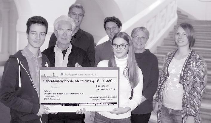 "Goethe Gymnasium spendet an ""futuro si"""
