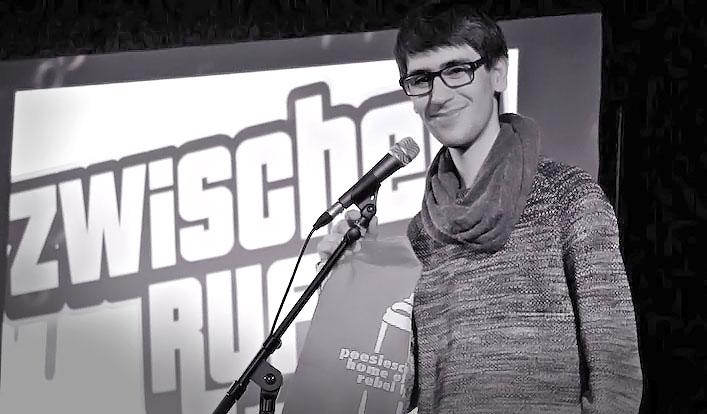 """Poetry Slam """"Zwischenruf"""" – Hasan Koc (Q1) belegt zweiten Platz"""