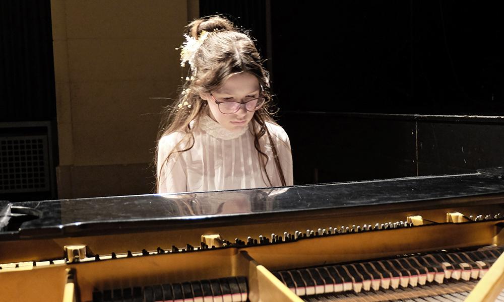news_pianofriends_2018.01_julia